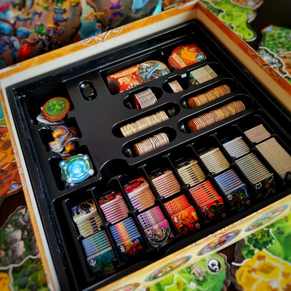 Small World of Warcraft box